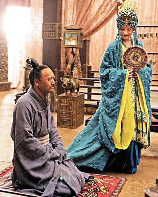 天安門孔子雕像
