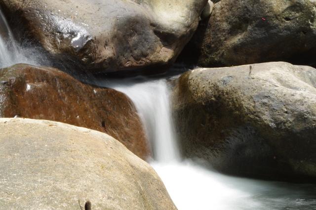 外雙溪瘋拍溪流