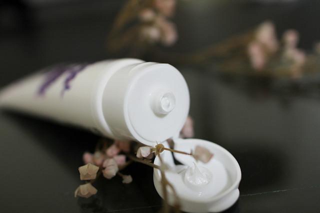 【試用】heme 薰衣草淨白潤澤洗面乳.小資潮流聰明草本保養新趨勢