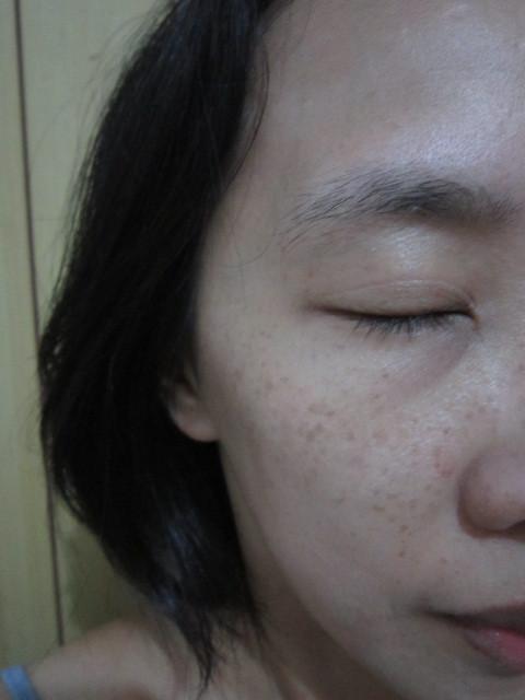 【MILDSKIN】白金光感柔白兩用粉餅 - 打造自然明亮妝感